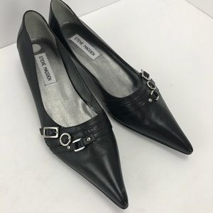 Steve Madden pointed toe kitten heel black pumps